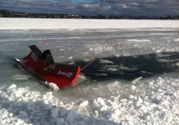 Craigslist Find: Truck For Sale Cheap, Recently Washed. Free Plow Attached!