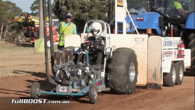 It Screams: A Twin-Engined Rotary Pulling Tractor From Australia!