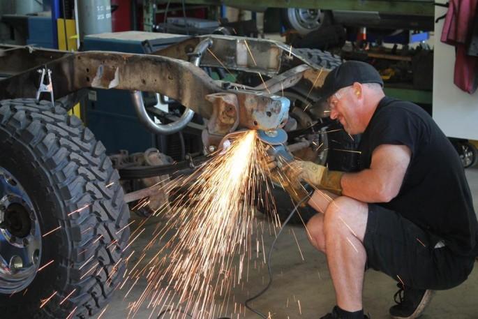 A MetalWorks Classia Auto Restoration (13)