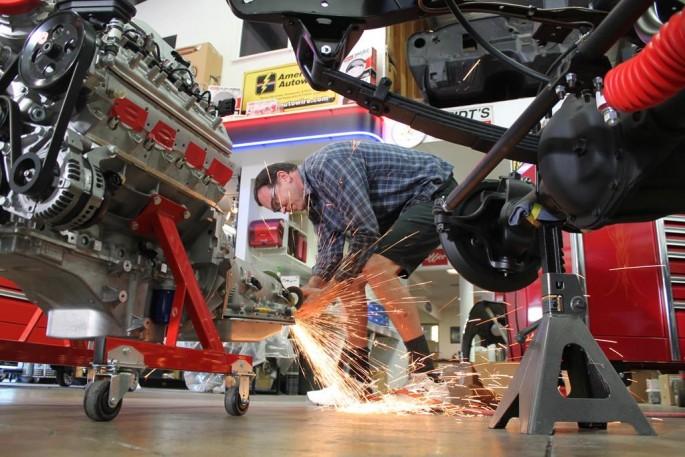 A MetalWorks Classia Auto Restoration (26)