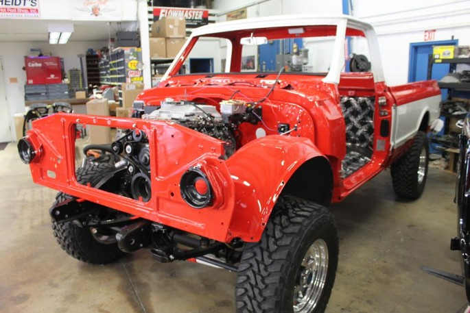 A MetalWorks Classia Auto Restoration (34)