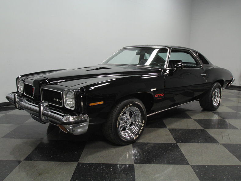 this 1973 pontiac gto is so damn perfect it hurts 455 four speed and black. Black Bedroom Furniture Sets. Home Design Ideas