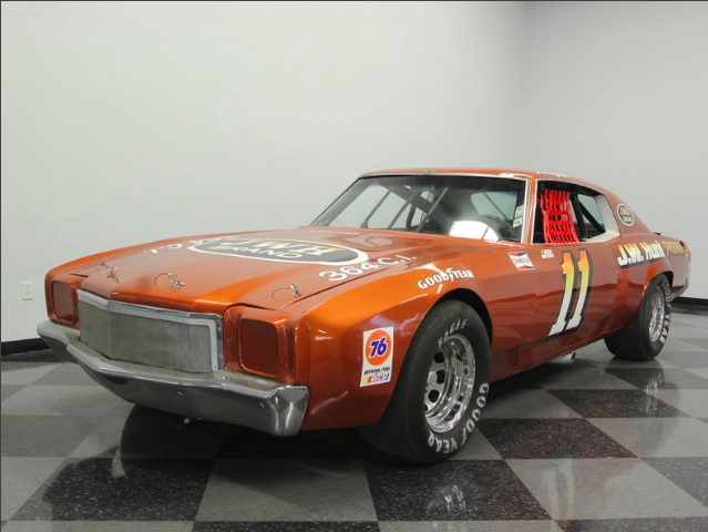 This 1972 Monte Carlo Was Once Raced By A NASCAR Legend And Has Been Restored To Perfection