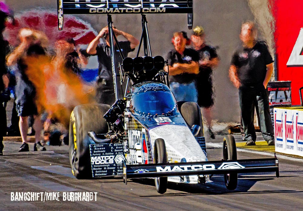 Two-Time NHRA Top Fuel Champ Antron Brown Ready To Defend Title At 2016 Winternationals!