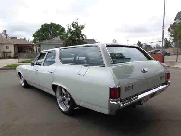 Bangshift Com This 1972 Chevelle Wagon Is The Perfect Pro