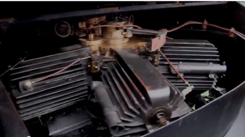 Craziest Car Engine Ever? The Crankshaft Is Stationary And The Engine Rotates Around It! The Adams-Farwell
