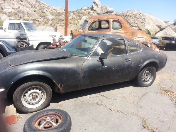 not one but two opel gt 39 s for sale cheap make one a drag car and one a street. Black Bedroom Furniture Sets. Home Design Ideas