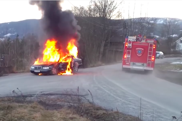 Crazy Video: Watch Norwegian Fire Fighters Turn A Burning Mercedes Into A Flaming Comet!