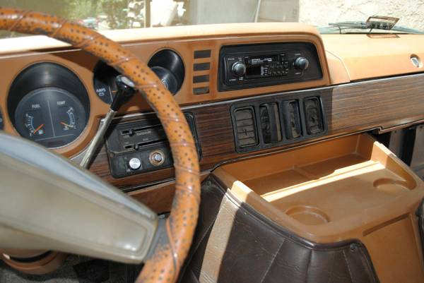 Dodge Dreamer D Pickup on 1978 Dodge Power Wagon