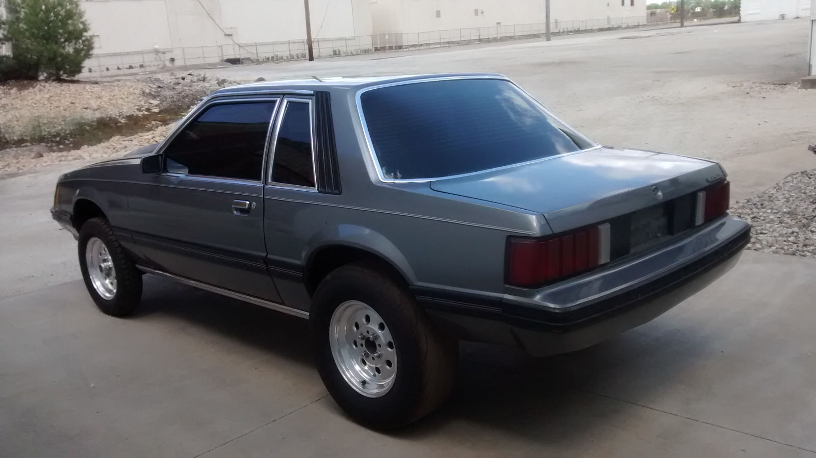 this 1979 ford mustang ghia would make the perfect drag car for anyone with an. Black Bedroom Furniture Sets. Home Design Ideas