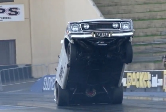 If You Can't Be Good, Make It Look Good: This Ford Falcon XW Goes For The Sky At Sydney!