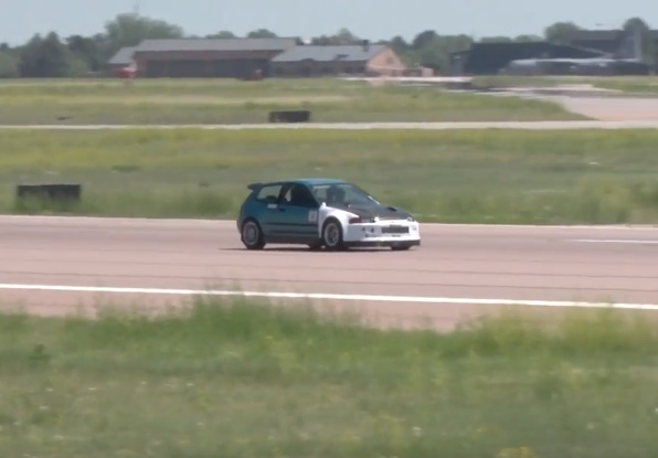 Recipe For Fun: Civic Body, Minivan Engine, Big-Ass Turbo And An Open Airstrip – 189 Miles An Hour!
