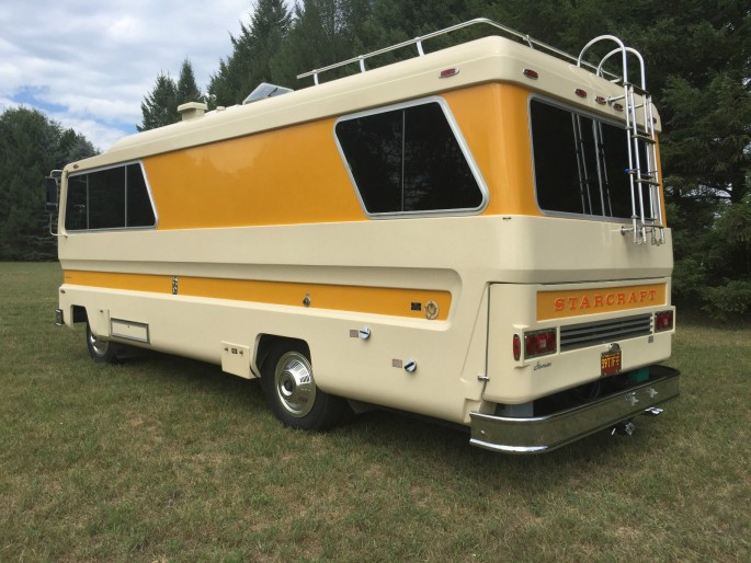 1974 Starcraft Motorhome and Boat 4