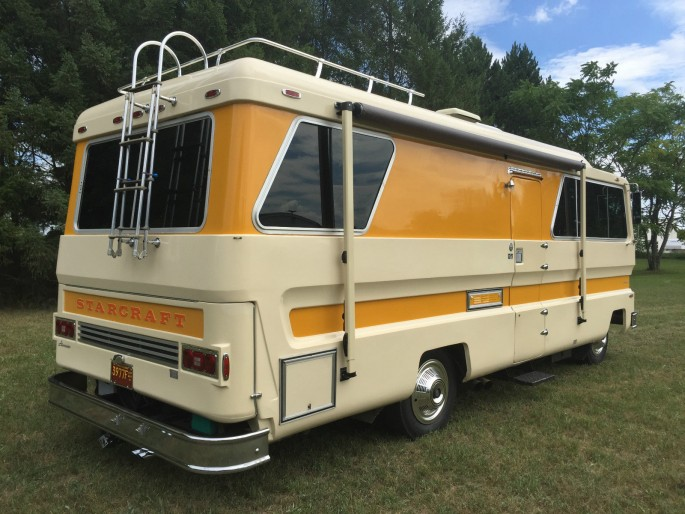 1974 Starcraft Motorhome and Boat 7