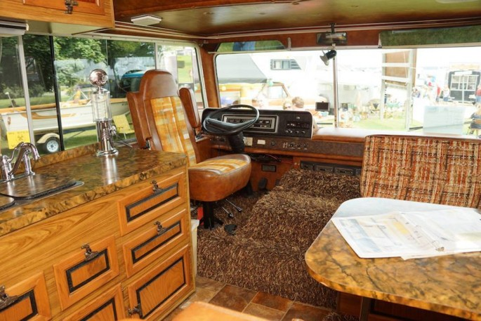 1974 Starcraft Motorhome and Boat 8