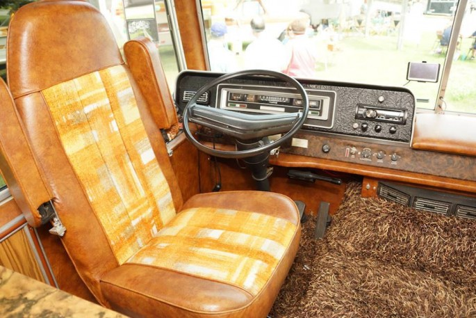 1974 Starcraft Motorhome and Boat 9