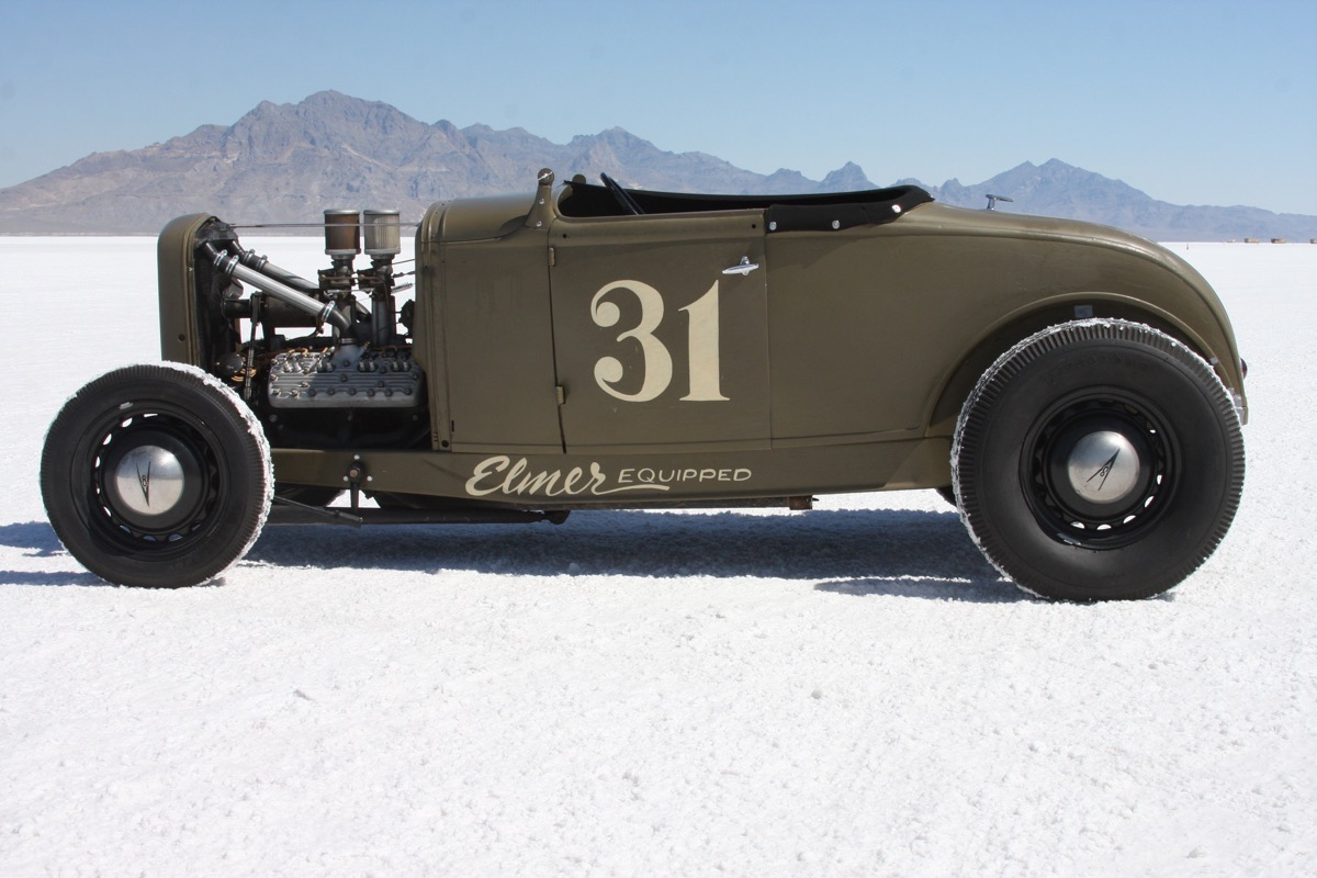Retro Photos: Beautiful Traditional Hot Rods On The Bonneville Salt Flats 2016