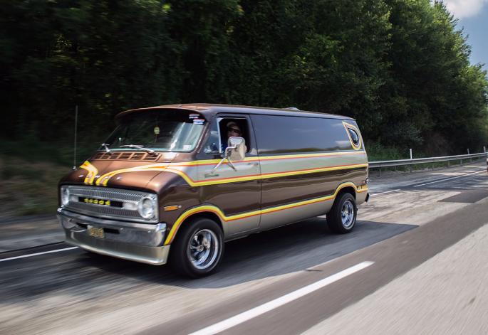Vantastic Limo Jive Turkey Dodge Van 1