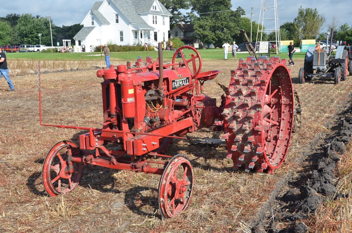 Plowing Action Photos! For 121 Years Big Rock, Illinois Has Hosted A Plowing Competition – We Were There