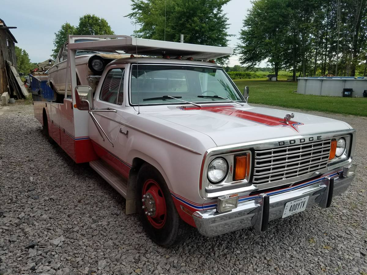 BangShift.com Clean And Cared For: This 1978 Dodge D300 Car Hauler ...