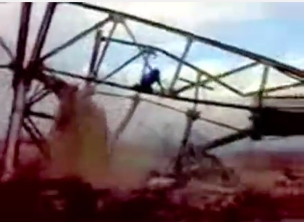 Watch To See An Idiot With A Cutting Torch Collapse A Bridge And Manage To Walk Away