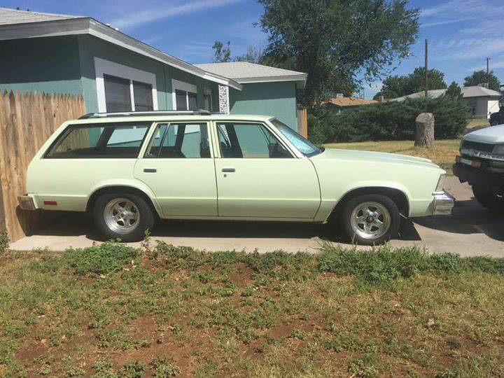 rough start get your long roof fix with this 1979 chevrolet malibu wagon. Black Bedroom Furniture Sets. Home Design Ideas