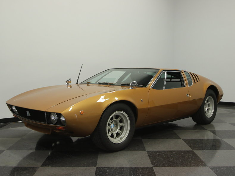 this de tomaso mangusta could be the most expensive ebay find we 39 ve ever posted. Black Bedroom Furniture Sets. Home Design Ideas