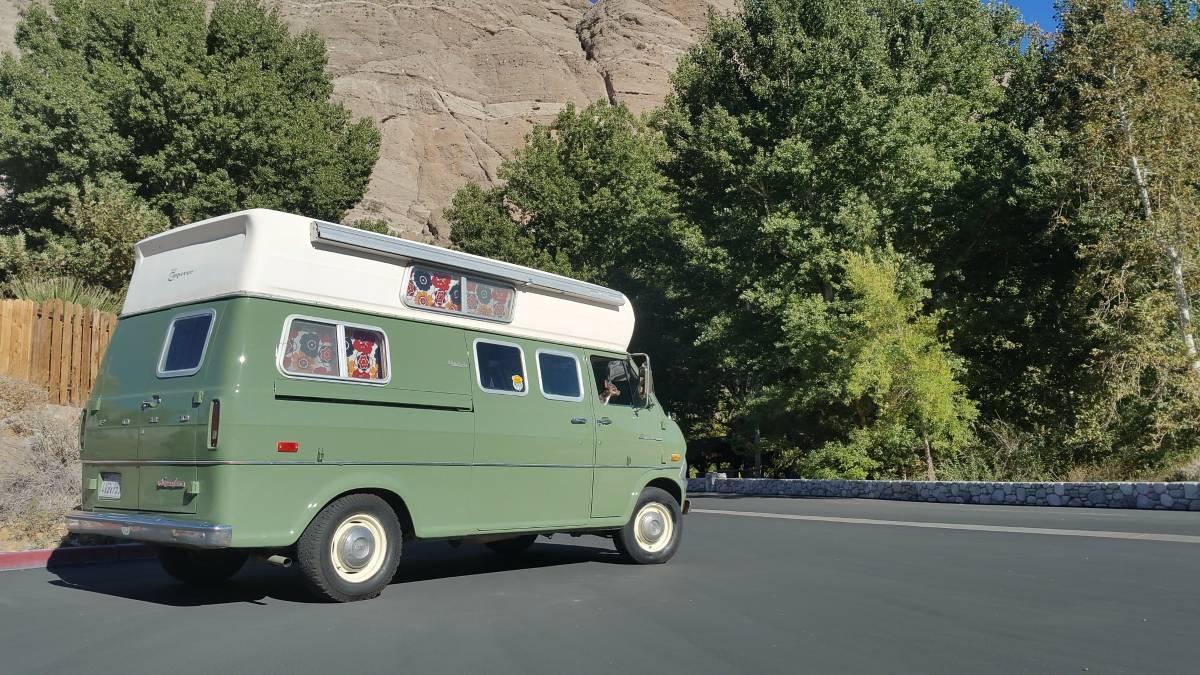 1970 Ford Camper Van 3