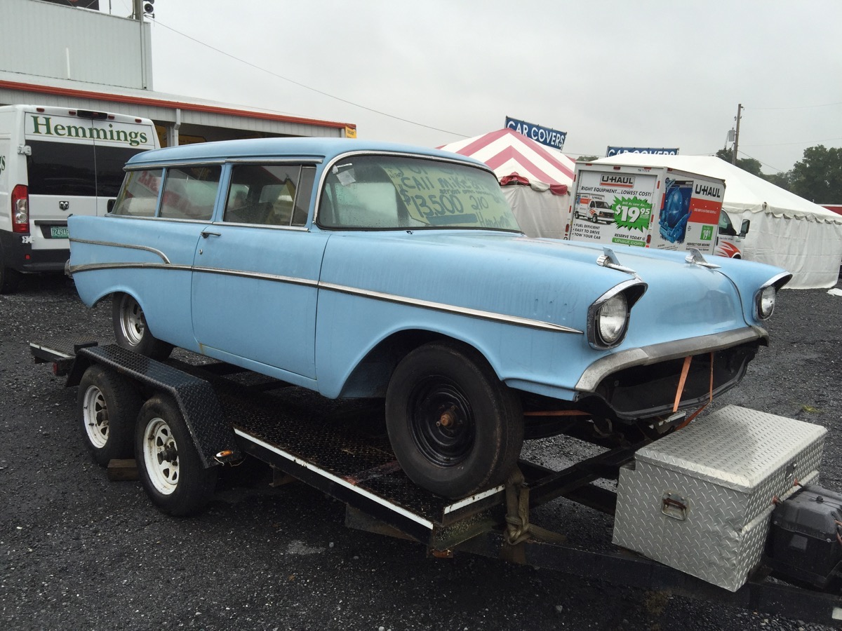 2016 Fall Carlisle Swap Meet Coverage: It Was Wet But There Were Deals Aplenty