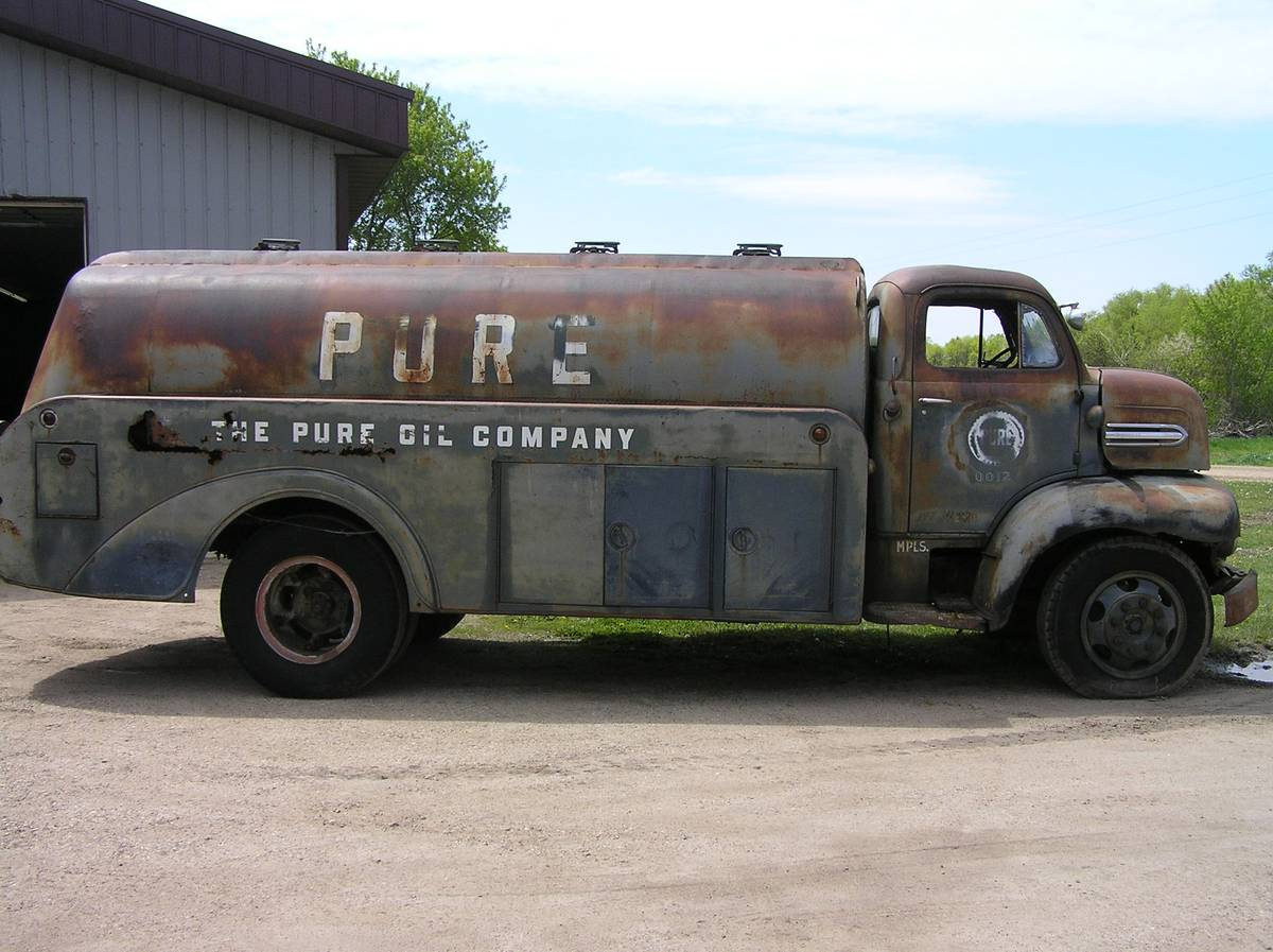 this 1951 ford coe fuel truck is begging to become a car hauling ramp truck. Black Bedroom Furniture Sets. Home Design Ideas
