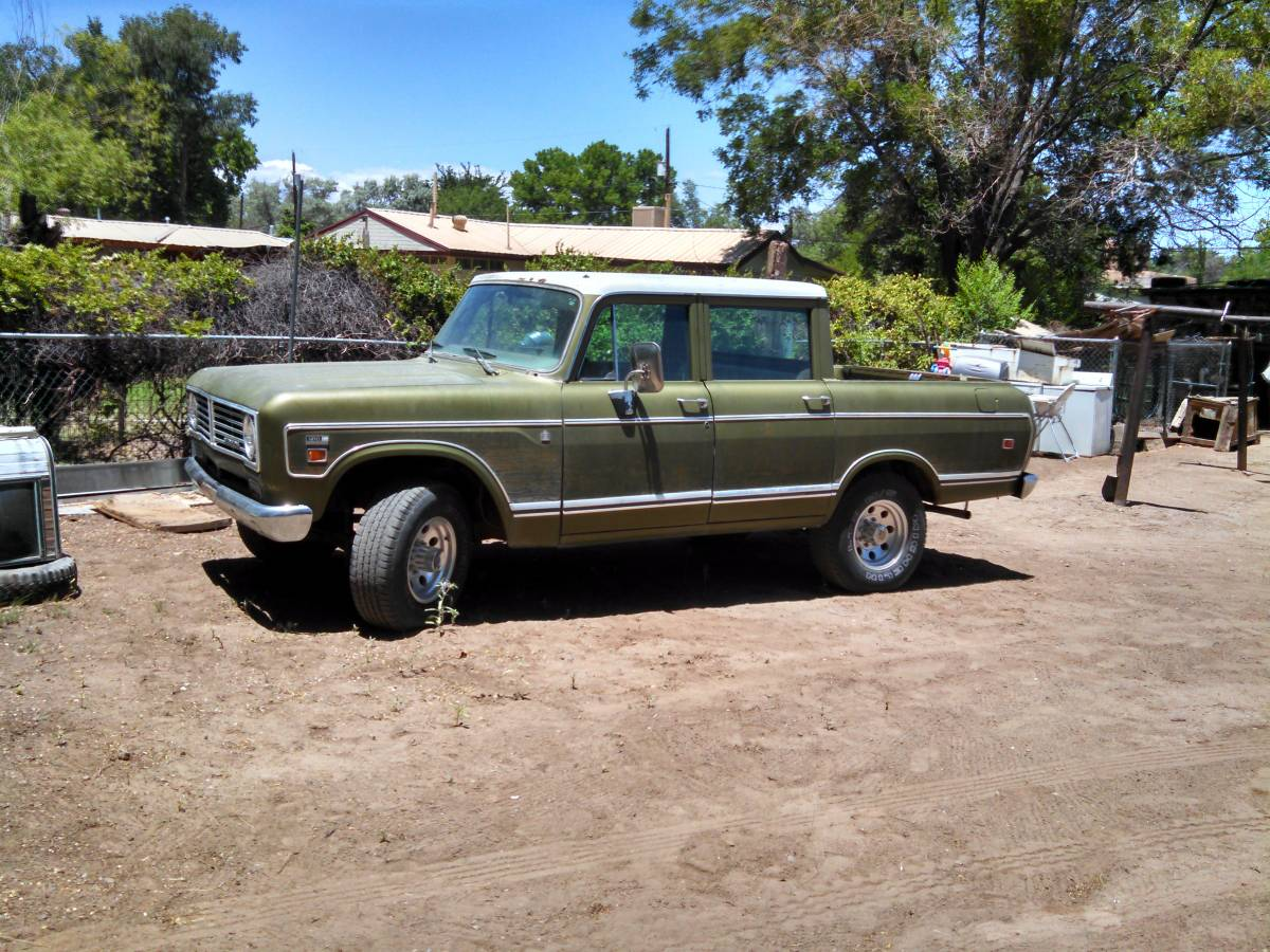 Rough Start: Try Something A Little Different – A 1973 International Wagonmaster!