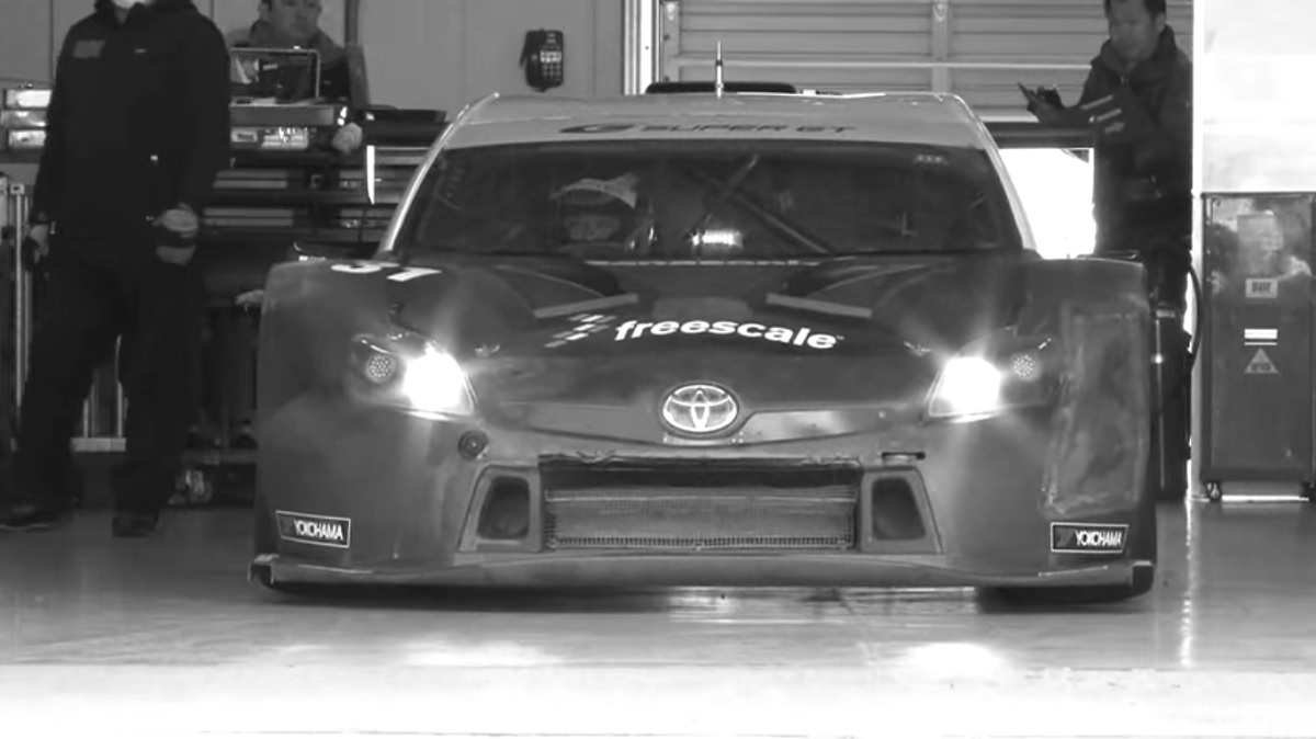 A 500 Horsepower, V8 Prius Might be the Only Acceptable Prius