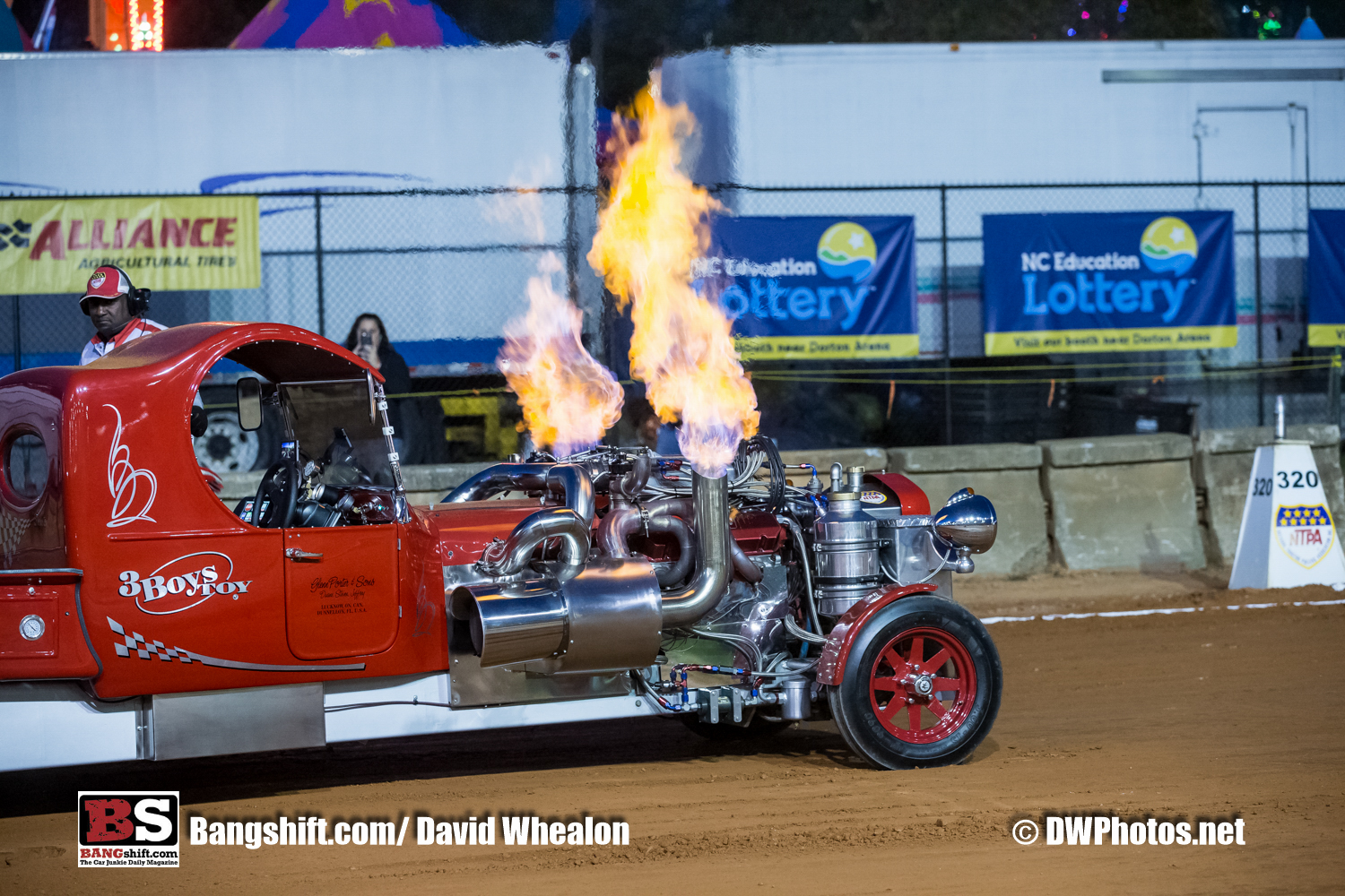 Pulling Action Photos: The Dirt Was Flying At The NC State Fair!