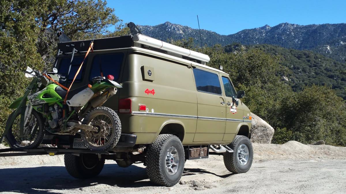 BangShift.com This Solid Axle 4x4 1985 Chevy Van Is The ...