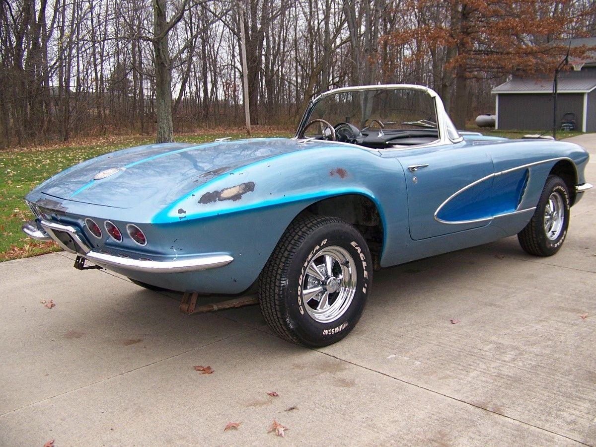 BangShift.com This Old-School Custom 1961 Chevrolet Corvette Would ...