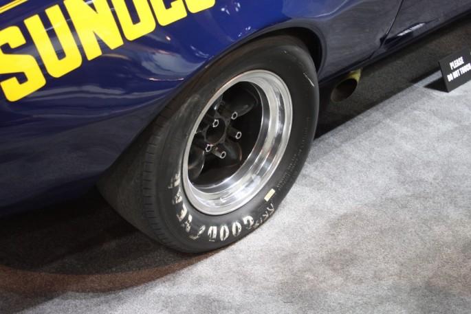 donohue-lightweight-1967-camaro-7