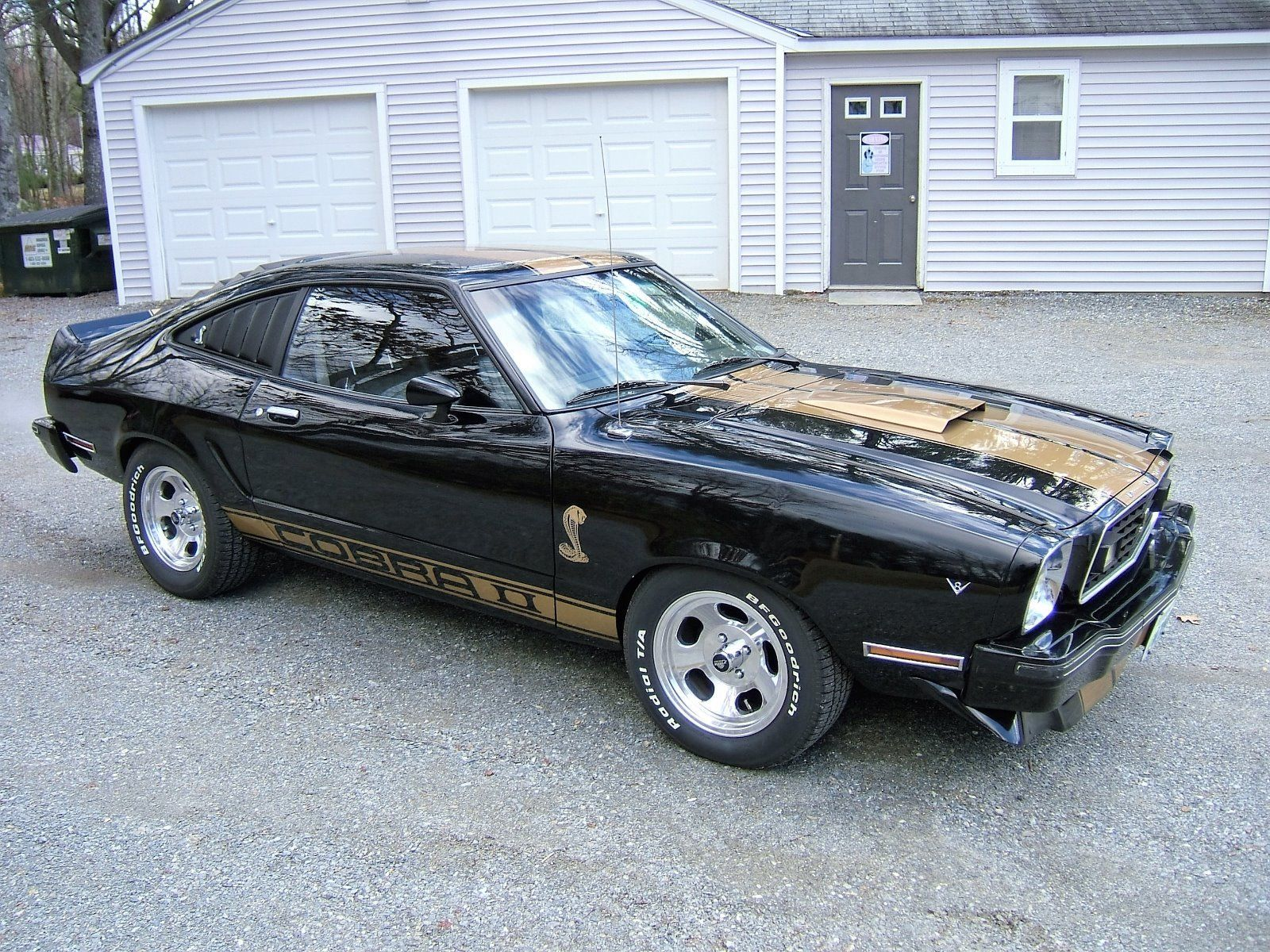 Decal gt done right this 1976 ford cobra ii backs up the look right