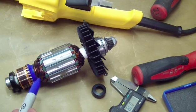 Tired Of Boring Tool Reviews? This Hilarious Look At A DeWalt Grinder Is What You Need!