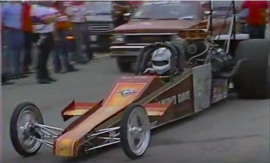 Remember The Awesome Shorty Top Fuel Dragster Of Diamond Dave Miller? This Video Rules