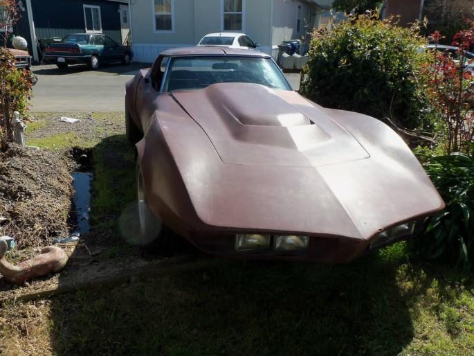 custom-1974-corvette-5