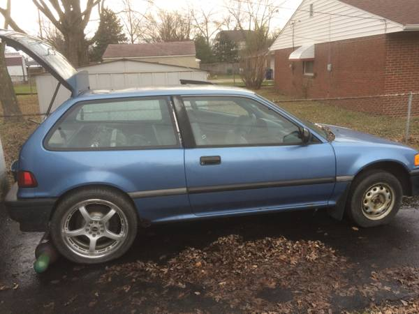 Genius Or Sketchy: This 1991 Honda Civic Has A Mitsubishi 3000GT Mill In The Back, Driving The Rear Wheels!