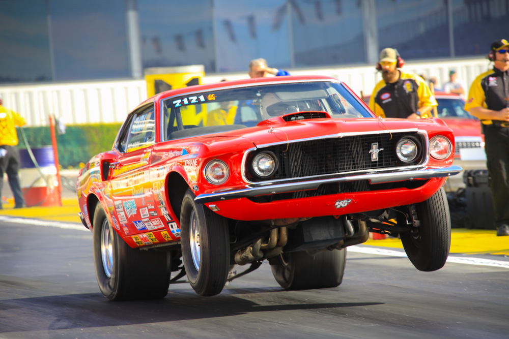 2017 NHRA Circle K Winternationals Action Photos: More Stock and Super Stock Wheelstands!