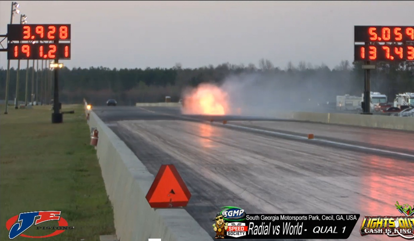 Watch Ron Clark Suffer A Massive Wreck In Bugzilla That Kicked Off Lights Out 8 – He Is OK