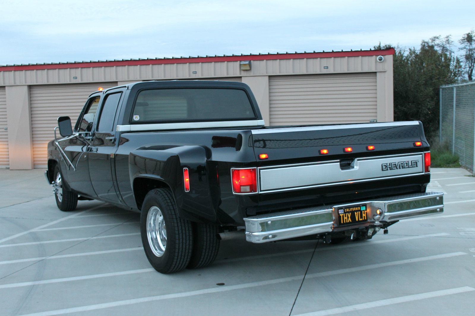 tow rig spare truck or just a clean big block cruiser this 1984 chevrolet c 30. Black Bedroom Furniture Sets. Home Design Ideas