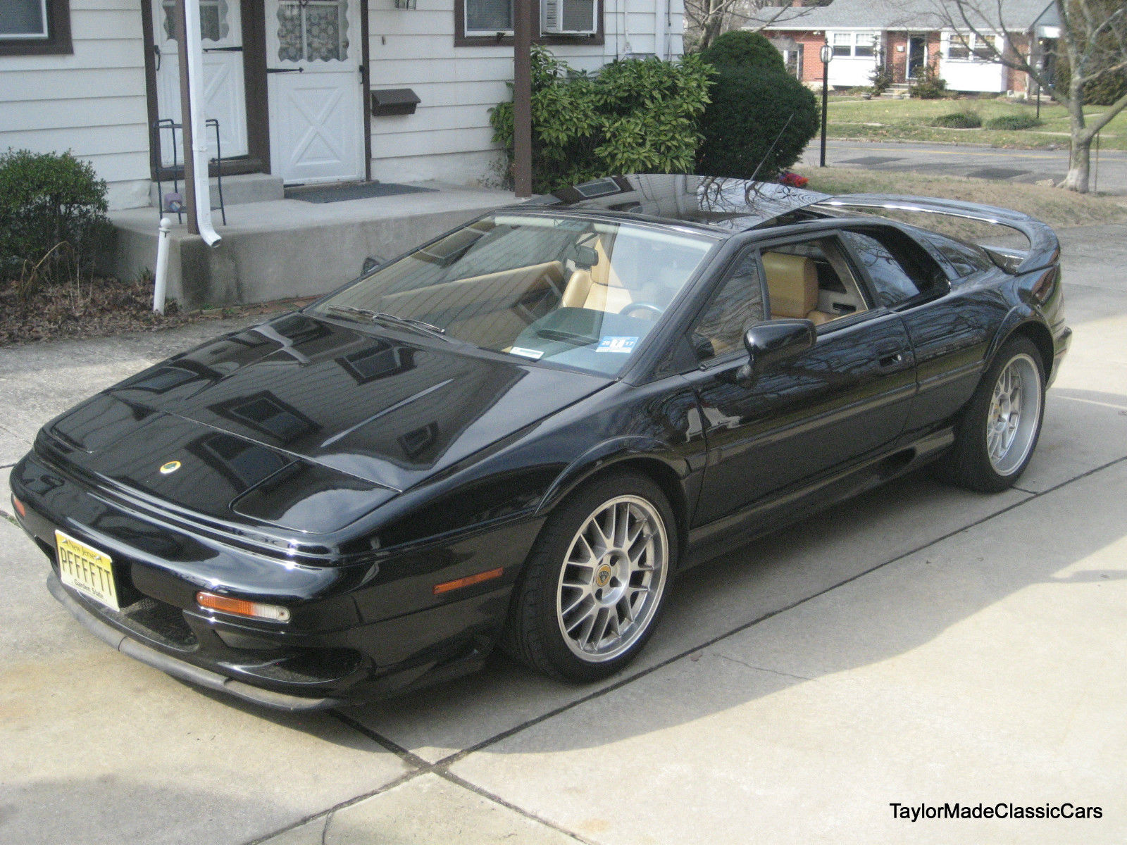 Money No Object: This Lotus Esprit V8 Was A Riot New, And Could Be Wicked With Today's Parts!