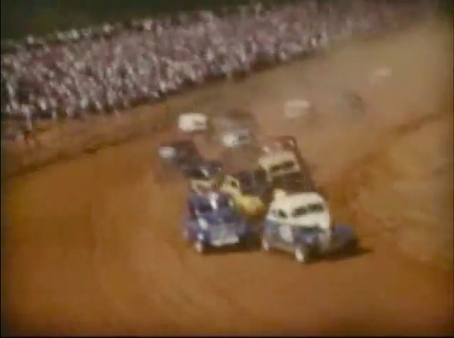 To Celebrate NASCAR's Anniversary, Here's Some Footage From A 1954 Race At Peace Haven Speedway!