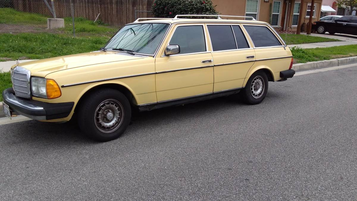 BangShift com Wagon Wednesday: This 300TD Mercedes Is Diesel