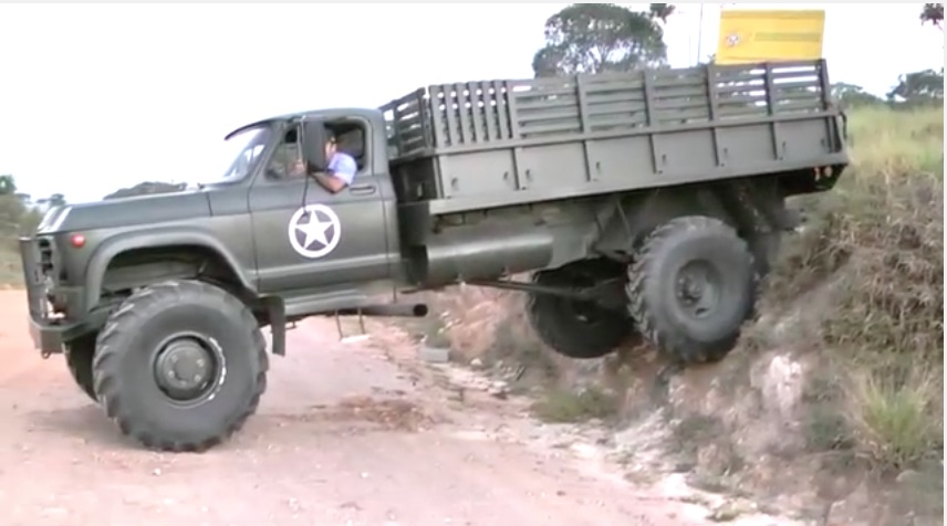 Check Out This Awesome Old 4×4 GMC Army Truck In Brazil – Diesel Power And Big Capability