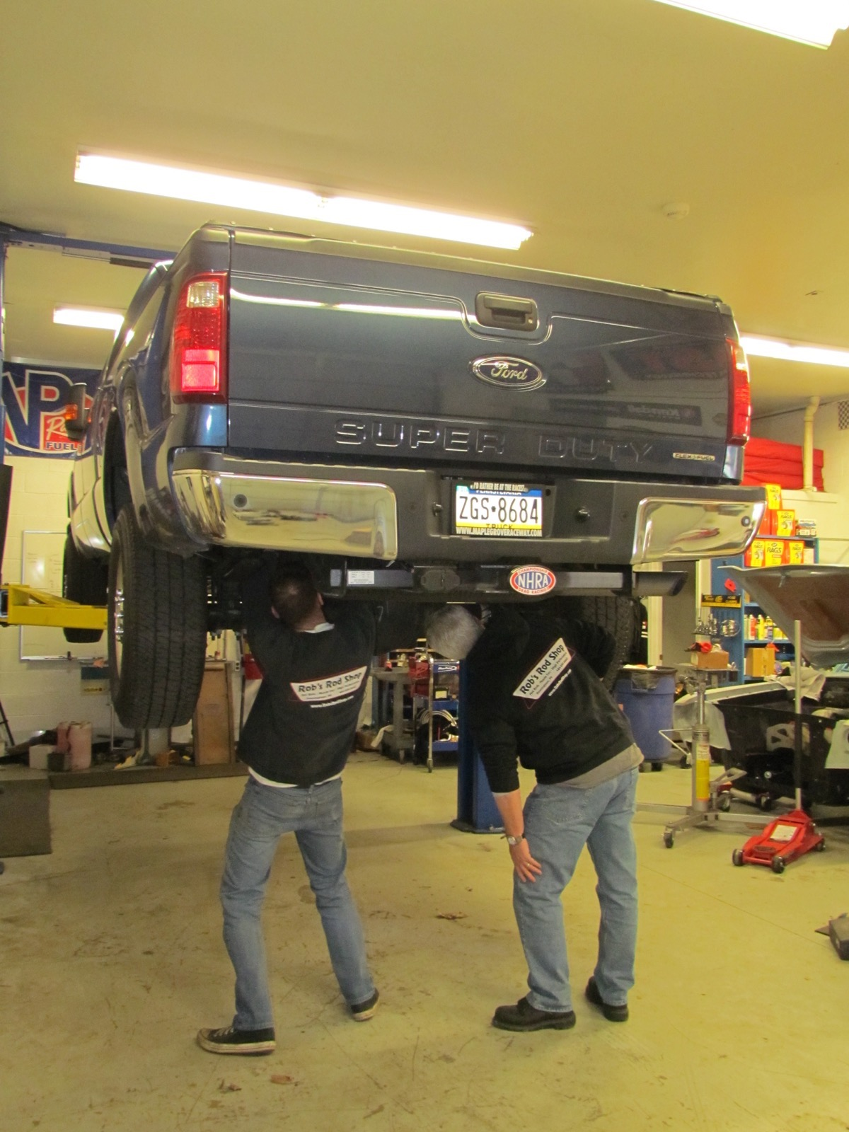 BangShift Truck Tech: We Install A Ridetech Level Tow System On A 2015 F250 Super Duty