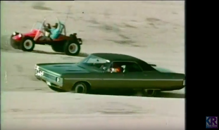 So Plymouth Used Dune Buggies and Sand To Sell The 1970 Plymouth Fury? This Ad Is Weird and Awesome